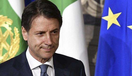 PERCHÉ CONTE STRIZZA L'OCCHIO A XI JIMPING
